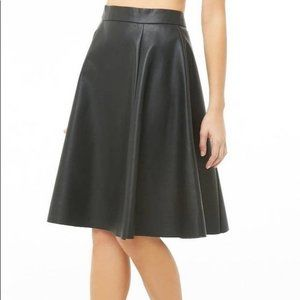 FOREVER 21 BLACK FAUX LEATHER SKATER SKIRT S NEW